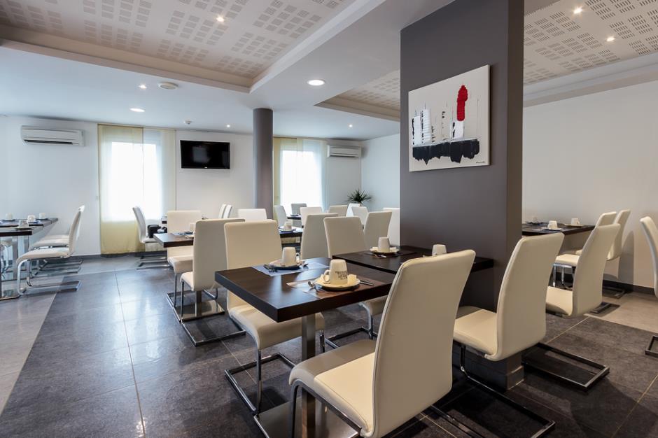 Hotel Kyriad Albaret Lozere (3)