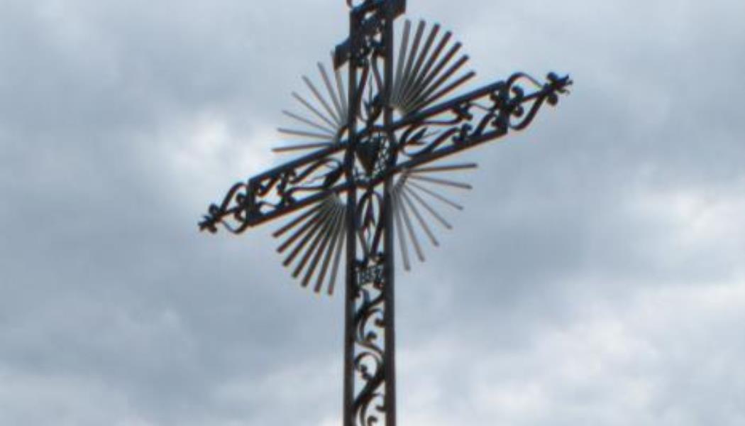 La croix des prêtres