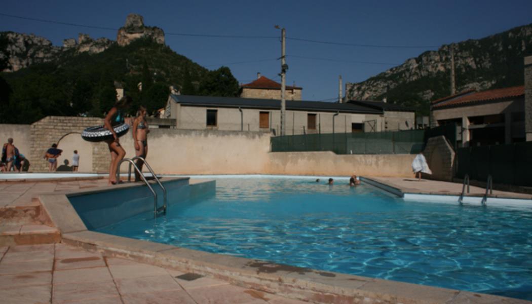 piscinelebrouillet1