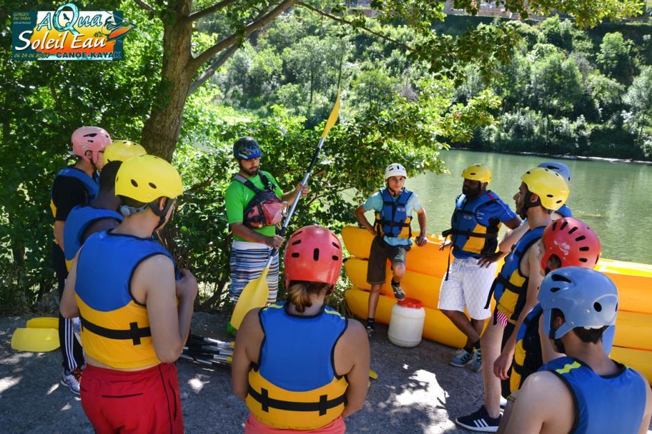 canoe-gorgesdutarn-aveyron-lozere-sortie_groupe_avec_guide_aquasoleileau-0031R