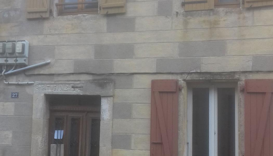 Location à Bagnols-les-Bains